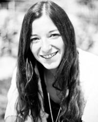 Nadine Loos