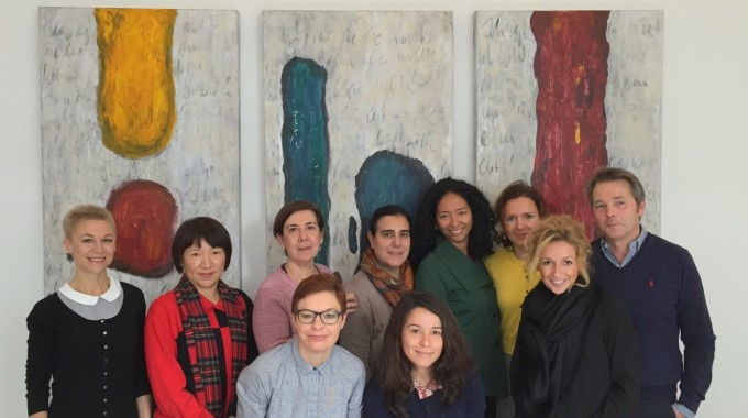 Die Träger der bilingualen Kindereinrichtungen bündeln ihre Stärke!